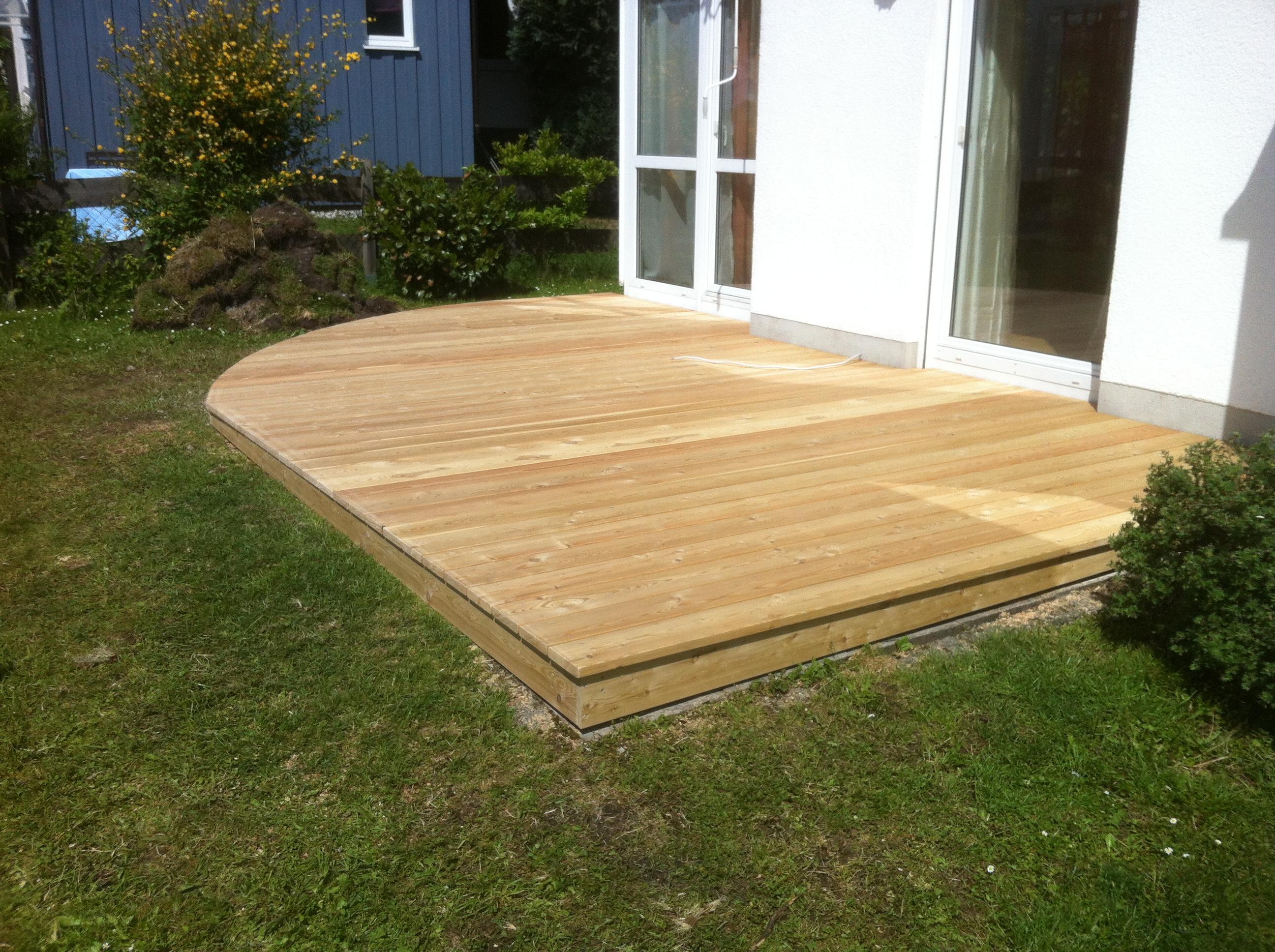 Sonnenterrasse aus Holz